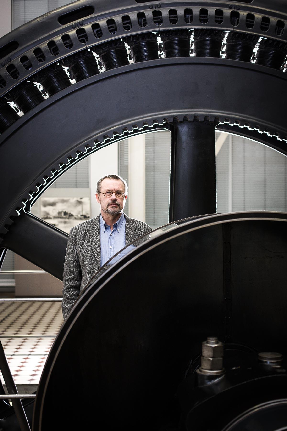 Prof. Der Robert. Kurt Möser für Login Magazin
